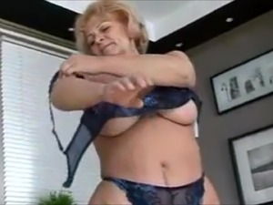 milfs who suck dick