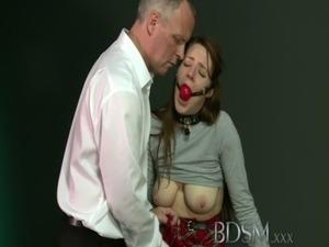 free erotic asphyxiation bdsm pics
