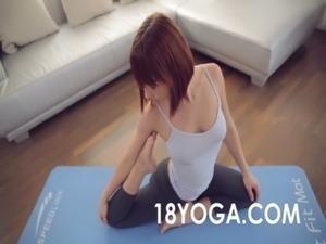 yoga butt pics