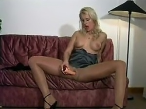 free pantyhose sex pictures