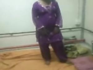 Pakistani teen boobs
