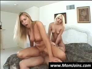 mom fuck daughter free sex