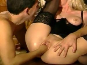 video of condom brakes during sex