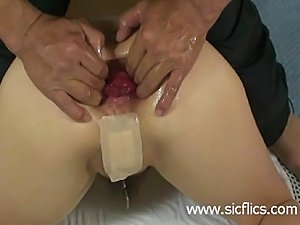 gaping pussy hole porn