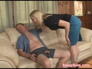 sleeping girls fuck free video