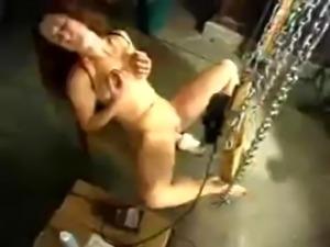 free hardcore porn fucking machines