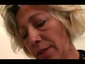 mature moms looking for black mothers