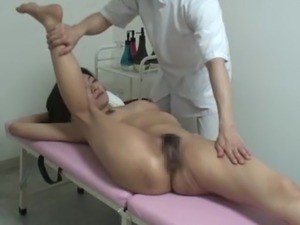 inspect pussy pull nipples