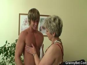 videos of naked erotic grannys