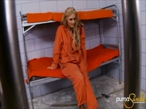 pics of girls in prison naked