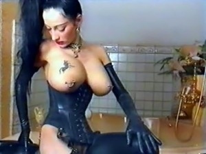 young goth blowjob