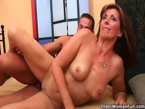 housewife facial big tit