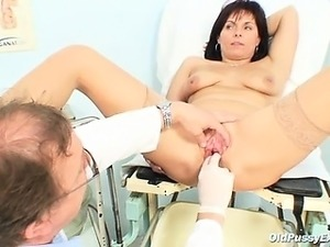 japanese girl fuck by doctor