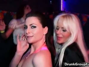 uk drunk girls pictures