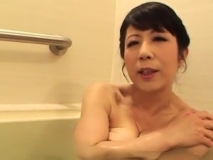 japanese mature mothers gettin fucked