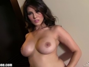 desi tits young