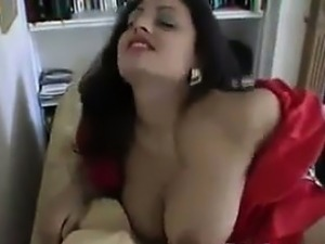 brunette house wife video