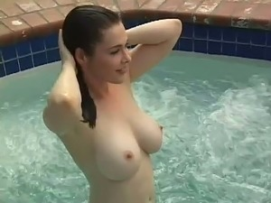 girls naked in pool videos