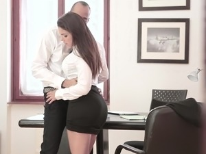 Glamour secretary boss sex video