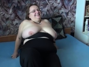 thong covers fat pussy