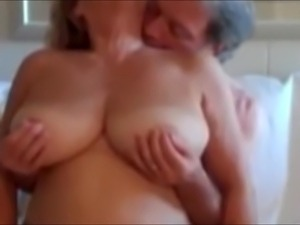 Natural big breast porn