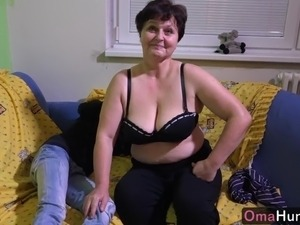 threesome with pregnant wife