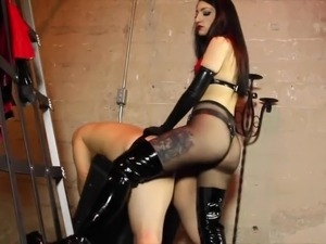 young girl getting ass fucked