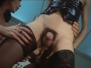 italian mature hairy pussy picture galleries