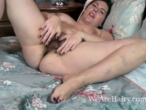 naked girl touching self video