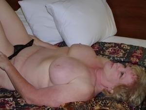 horney amateur woman pictures