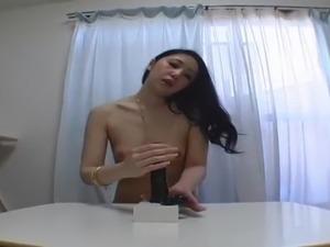 brunette pussy fingering masturbation