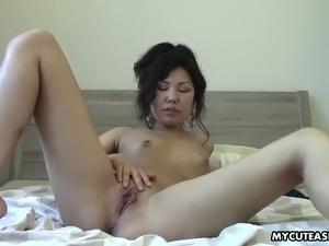 asian lesbian schollgirl