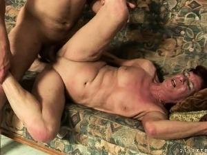fat moms porn suck dick