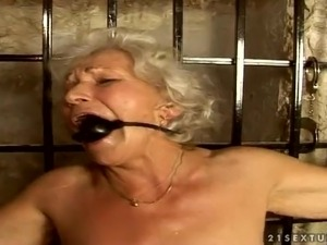 Granny norma works out on a sex machine - 2 part 8