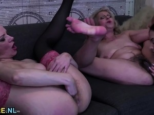 young tight blonde pussy