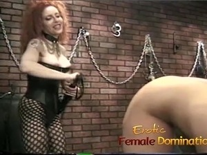 blonde getting pussy licked