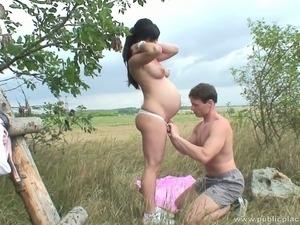 hot pregnant porn pics