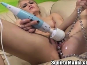 Nude girls squirting