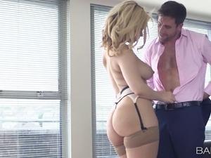 girl oils up perfect ass