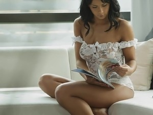 lingerie babes playing and video