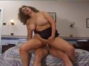 lesbian milf big tits