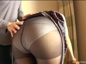 lick girlfriends pantyhose