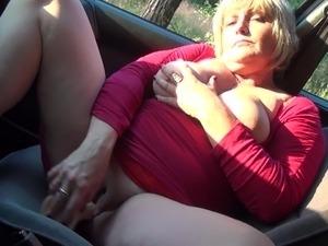 naked babe car sex