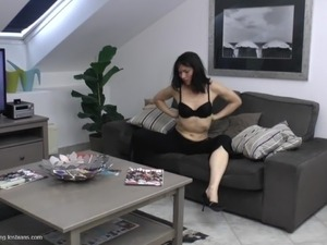 mature lesbian with younger woman