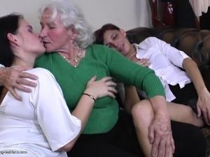 large mature lesbian
