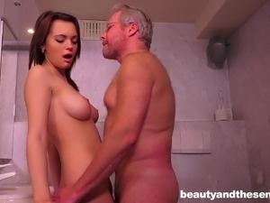 bathroom sex fuck