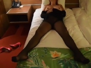 free blonde milf in pantyhose movies