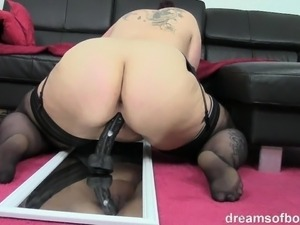 sexy girl dildoing palyn with toys