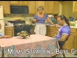 kitchen milfs sex videos