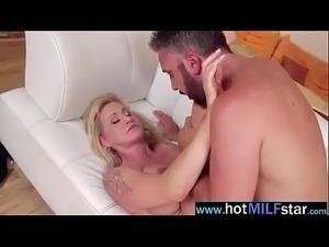 big tits wet pussy pics
